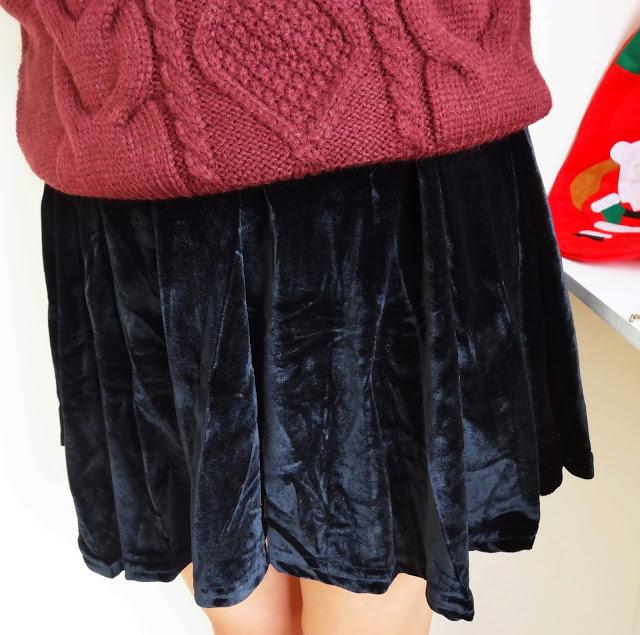 http://www.oasap.com/skirts/21834-pleated-high-waist-velvet-skirt.html
