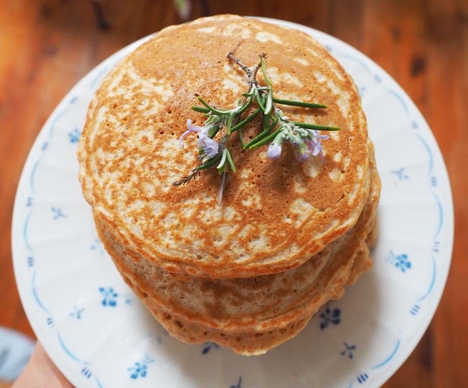 Coconut Oat Bran Pancakes