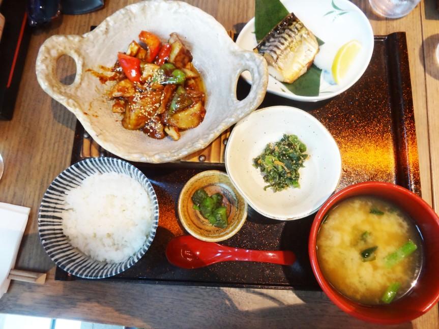 COMFORT DINING: YAYOI-KEN