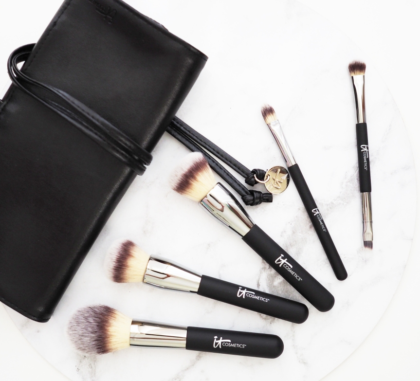 IT COSMETICS Heavenly Luxe Must-Haves! Makeup Brush Set