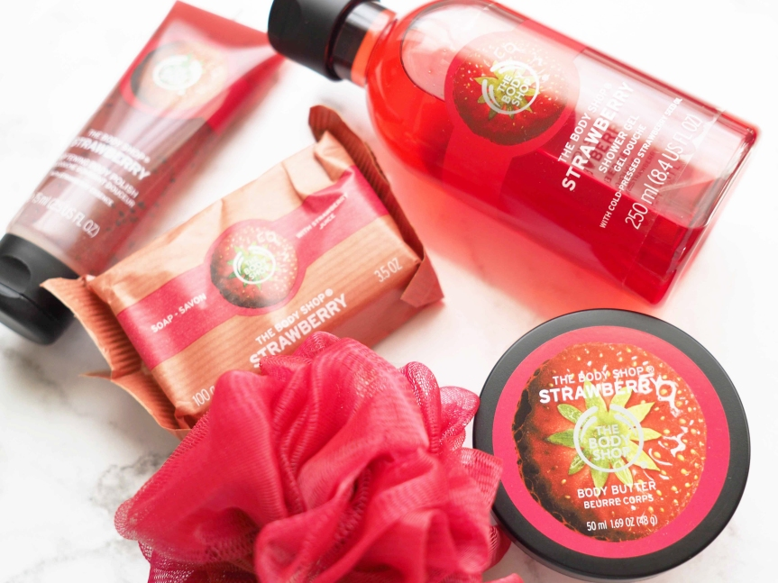 The Body Shop Strawberry Bliss Box