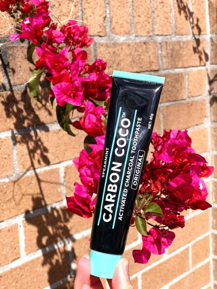 CARBON COCO ACTIVTAED CHARCOAL TOOTHPASTE REVIEW